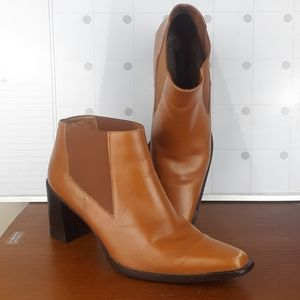 Paul Green Camel Tan Chelsea bootie ankle boots
